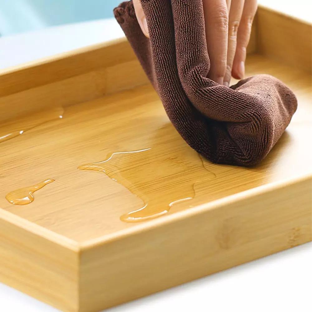 Vệ sinh sản phẩm gỗ tre